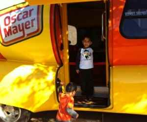 Family Fun: Oscar Mayer Wienermobile Sighting