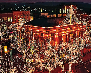 Holiday Lights: Displays & Events around the Nation