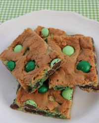 St Patrick's Day Mint Blondie Bars
